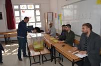 BAYHAN - Besni 15 Temmuz Şehitler Mahallesi Muhtarlık Seçimi Yapıldı