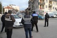 EMNIYET KEMERI - Beyşehir'de Kemer Takmayan Ve Cep Telefonuyla Konuşan Sürücülere Ceza