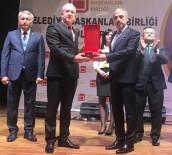 Bölgenin En Beğenilen Belediye Başkanı İrfan Dinç Seçildi