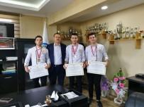MUTFAK GÜNLERİ - HRÜ Aşçıları Altı Madalya Birden Kazandı