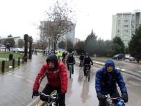 BİSİKLET TURU - İzmit'te Pedallar, Yeşilay Haftası İçin Çevrildi