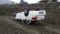 Kontrolden Çıkan Otomobil Tarlaya Uçtu Açıklaması 2 Yaralı