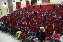 ŞEHİR TİYATROSU - Minik Öğrenciler Tiyatroyla Tanıştı
