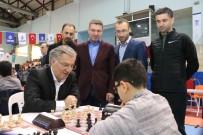 SATRANÇ FEDERASYONU - Minikler Geleceğe Hamle Satranç Turnuvası Hünerlerini Sergiledi