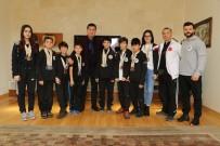ALI ARSLAN - Şampiyon Wushu'cular Başkan Kocadon'u Ziyaret Etti