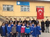 ALİ HAMZA PEHLİVAN - Vali Pehlivan, Vatandaşlarla Biraraya Gelerek Ziyaretçileri Kabul Etti
