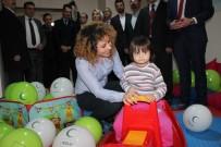 ÇOCUK SAĞLIĞI - Yeşilay Öncülüğünde Hastaneye Çocuk Odası Kazandırdılar