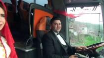 GELİN ARABASI - Yolcu Otobüsünü Gelin Arabası Yaptı