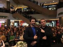 MURAT CEMCİR - 'Ailecek Şaşkınız'ın İzmir Galasında Kahkaha Tufanı