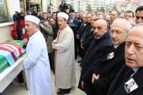 CHP'nin Meclis Grup Toplantısı'nı İptal Etti, Trabzon'a Cenazeye Geldi