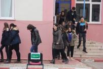 CANSIZ MANKEN - Edirne'de Lisede Sıcak Dakikalar