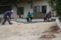 KUMKUYU - Kumkuyu'da Asfalt Hazırlığı Ve Parke Hizmetleri Sürüyor