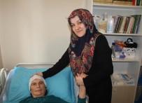 CERRAHPAŞA TıP - (Özel) Öz Kızının Hakaret Ettiği Yatalak Kadına Bakan Gelini Konuştu