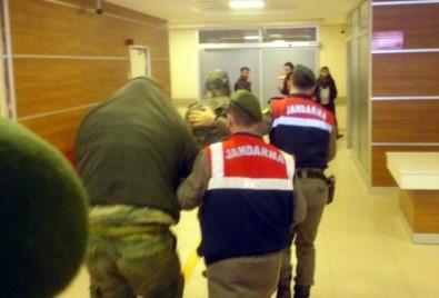 2 Yunan askerin tutukluluk kararı Yunan medyasında