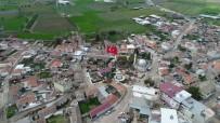 SÜLEYMAN KAHRAMAN - 40 Metrelik Türk Bayrağı Paşaköy'de Dalgalanıyor