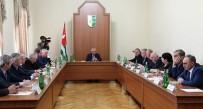 VLADİMİR JİRİNOVSKİ - Abhazya'da Rusya Seçimleri İçin Yüksek Güvenlik Önlemleri