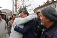 UMRE - Başkan Tutal, Umre Yolcularını Uğurladı