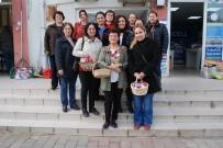 Bayramiç'te CHP'li Kadınlardan Hediye