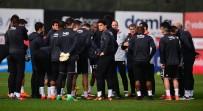 ARAS BULUT İYNEMLİ - Beşiktaş, Gençlerbirliği Maçı Hazırlıklarına Başladı