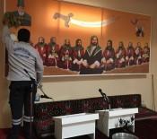 BODRUM BELEDİYESİ - Bodrum Cem Evi'nde Temizlik Çalışması