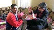 BEDENSEL ENGELLİ - Engelli 4 Çocuğuna Sevgi Ve Şefkatle Bakıyor