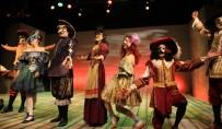 MEHMET YıLDıZ - Erzurum Devlet Tiyatrosu 'Mösyö De Pourceaugnac' Adlı Oyunla Sezonu Açacak