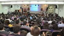 BENNUR KARABURUN - Fakıbaba Öğrencilerle Bir Araya Geldi