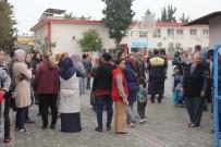 TACİZ İDDİASI - İlkokulda Taciz İddiası Kadın Velileri Ayağa Kaldırdı