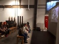 HEZARFEN AHMET ÇELEBİ - Kartepe'li Çocuklar Seka Kağıt Müzesi Ve Kocaeli Bilim Merkezi'ni Gezdi