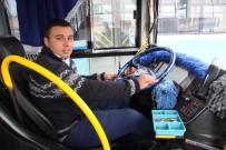 MEHMET AKIF ERSOY ÜNIVERSITESI - Otobüsü Şoförü Fenalaşan Öğrenciyi Hastaneye Yetiştirdi