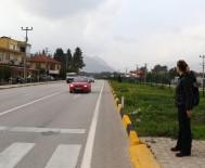 EMNIYET KEMERI - Sivil Kadın Polisler Trafik Canavarlarının Korkulu Rüyası Oldu