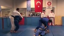 ERZURUM VALISI - 'Süper Judocular'ın Hedefi Altın Lig