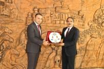 ALI TÜRKER - Ülkü Ocakları Başkanı Türker'den Rektör Bağlı'ya Ziyaret
