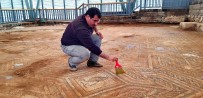 TEKSTİL MALZEMESİ - Üzeri Örtülen Mozaik Yeniden Gün Yüzüne Çıktı