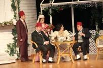 ZİHNİ GÖKTAY - Zihni Göktay Açıklaması 'Mehmetçiğe Patates Soğan Soyarım, Servis Yaparım'