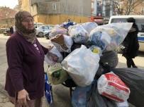 UZUN ÖMÜR - 8 Mart Dünya Kadınlar Günü'nü Hurda Ve Kağıt Toplayarak Geçiriyor