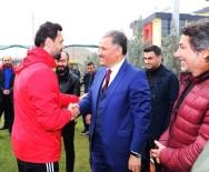AHMET ÇAKıR - Ahmet Çakır'dan E.Yeni Malatyaspor'a Fenerbahçe Morali