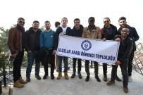 ATATÜRK HEYKELİ - Aydın'da Eğitim Gören Uluslararası Öğrenciler Gez Gör'le İzmit'i Gezdi