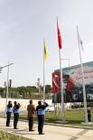 BUCA BELEDİYESİ - Buca, Ay-Yıldızlı Bayraklarla Çevrelendi
