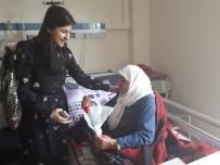 KADIN HASTA - Çelikhan Devlet Hastanesinde Kadınlar Günü Kutlandı