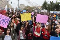PERVIN BULDAN - Diyarbakır'da 8 Mart Mitingi