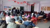 EĞİTİM SEFERBERLİĞİ - Doğubayazıt Belediyesi 5 Bin Öğrenci Sevindirdi