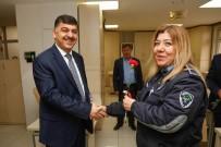 RıDVAN FADıLOĞLU - Fadıloğlu'ndan Bayan Personele Karanfil