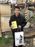 FENOMEN - 'Kitaplar Yakılmasın, Okunsun' Diyen Tosyalı Murat'tan Ufka Yolculuk Çağrısı