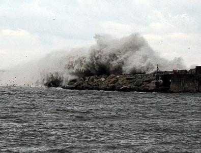 Meteoroloji'den 'denizde fırtına' uyarısı