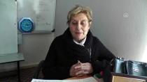 OKUMA YAZMA KURSU - Nurşen Öğretmenin Mesaisi Emekliliğinde De Devam Ediyor