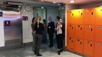 ATLANTA - Otelde Doğan Bebeğe Havalimanı Personeli Sahip Çıktı