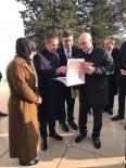 NURETTİN CANİKLİ - Savunma Bakanı Canikli, Budapeşte'de Gül Baba Türbesi'ni Ziyaret Etti
