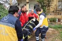 YARALI KADIN - Teröristlerin Yaraladığı Kadın, Operasyon Bölgesinden Kurtarıldı