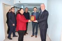 ŞİDDET MAĞDURU - Bayan Polis Memuru Plaketle Ödüllendirildi